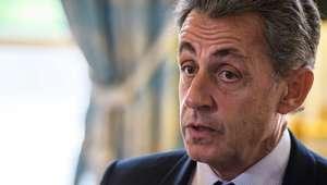 Sob custódia, Sarkozy depõe sobre financiamento de campanha