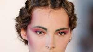 Maquiagem ultra violet: saiba como apostar na tendência!