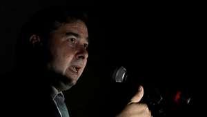 Rodrigo Maia quer votar privatização da Eletrobras em maio
