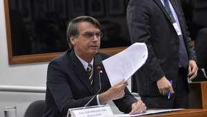 MPF pede multa de R$ 300 mil para Bolsonaro por racismo