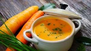 Sopa de cenoura: confira a receita simples
