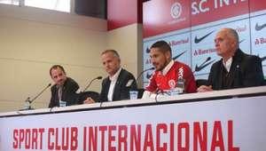 Diretoria do Inter promete apoio a Guerrero após suspensão