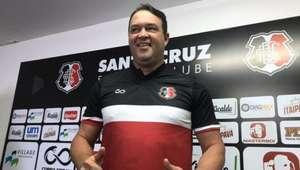 Roberto Fernandes assume o comando técnico do CRB