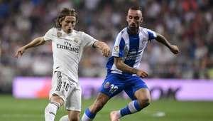 Com o auxílio do VAR, Real Madrid derrota o Espanyol