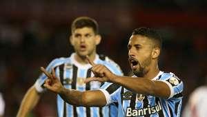 Grêmio bate River e está próximo da final da Libertadores