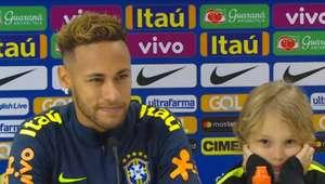 Neymar destaca liderança e faz balanço positivo do ano