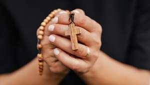 Orações para afastar energias negativas do corpo e da casa