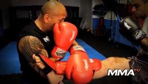 Aprenda golpes de Muay Thai com treinador Anderson Silva, Veras TK
