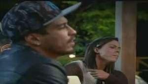 'A Fazenda': Douglas diz que Rebeca usa anabolizantes