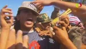 Repórter da BBC reencontra pistola de ouro de Khadafi