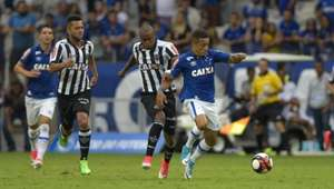 Cruzeiro e Atlético-MG empatam na ida da final do Campeonato Mineiro