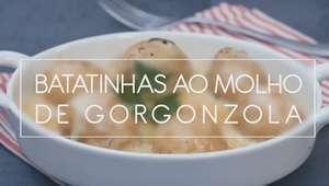 Batatinhas ao molho de gorgonzola no micro-ondas
