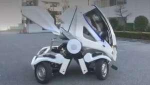 Japonês cria carro 'dobrável' para superar falta de estacionamento