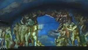 Público aprecia Michelangelo ao mergulhar na Capela Sistina em Roma