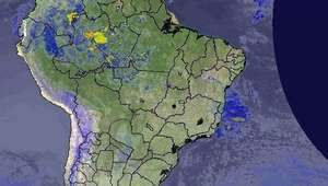 Previsão Brasil - Forte frente fria avança pelo país