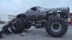Monster Truck Raminator, el más rápido del asfalto