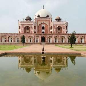 Estupro em ônibus faz turismo cair 25% na Índia