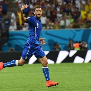 Sob grito de olé, Itália bate Inglaterra em jogo eletrizante