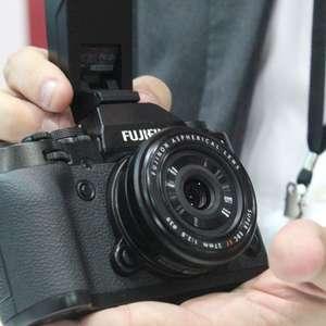 Veja câmeras e acessórios da feira Photo Image 2014