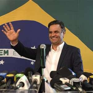 No exterior, Aécio fica em 1º e Dilma em 3º lugar