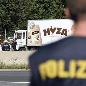 Detienen a supuestos traficantes del camión con 71 cadáveres