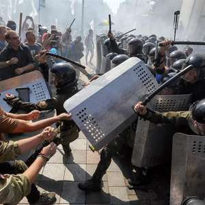 Protestos marcam reforma constitucional na Ucrânia