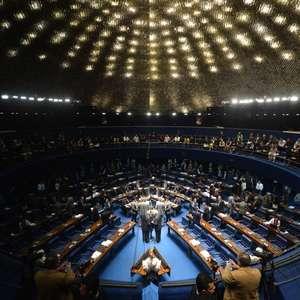 Senado aprova fim de doação de empresas nas eleições