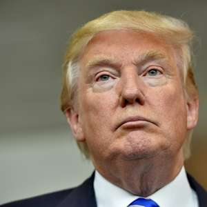 Trump se lanza vs su rival del partido republicano Jeb Bush