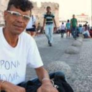 Que diferença faz morrer na Síria ou no mar?, diz refugiado