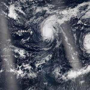 Pacífico tiene huracán, tifón y dos tormentas simultáneas