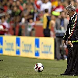 México no puede con Trinidad y Tobago en el debut del 'Tuca'