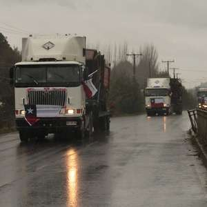 Ordenan escolta policial para camioneros de La Araucanía