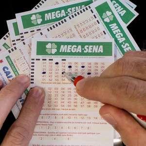 Mega-Sena sai para dois ganhadores; veja os números
