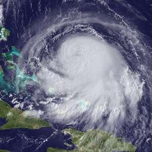 Furacão Joaquín passará por Bermudas com ventos de 185 km/h