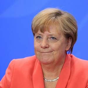 Merkel y colombianos negociadores, candidatos al Nobel