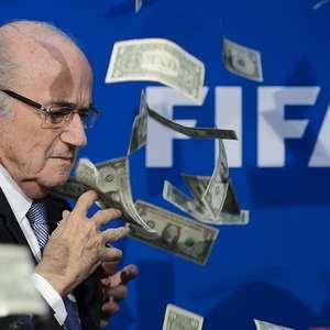 Joseph Blatter es suspendido de sus funciones en la FIFA