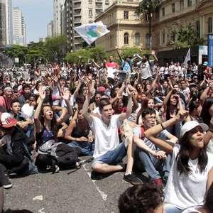 SP: protesto de estudantes dura 3 horas e acaba com um preso