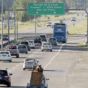 Fin de semana: Más de 2 mil vehículos saldrán a la costa