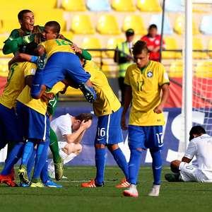 Brasil bate Nova Zelândia e vai às quartas do Mundial Sub-17