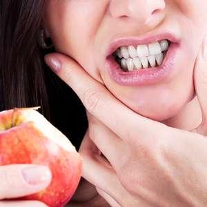 Veja como evitar a erosão dentária causada por alimentos