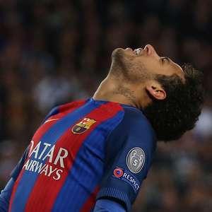 Neymar deve R$ 147 mi em impostos e complica ida ao Barça