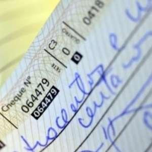 Cheques passam a ser compensados em até um dia útil