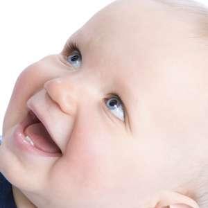 Amamentação e saúde bucal: 4 coisas que as mães devem saber