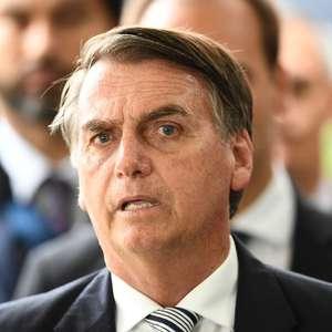 Pressão é para tentar me atingir, diz Bolsonaro sobre Flávio