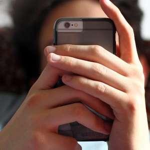 Especialista pede proibição de smartphone a menores