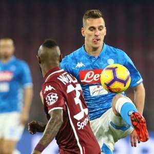Napoli fica no empate e vê Juventus disparar no Italiano
