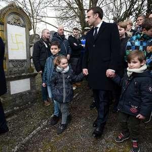 90 túmulos judeus na França são vandalizados