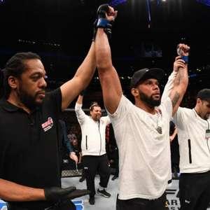 UFC: Marreta nocauteia polonês e quer disputa de cinturão