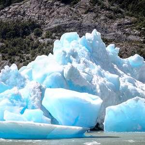 Ruptura de icebergs na Patagonia chilena provoca preocupação