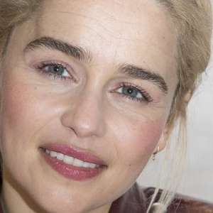 Emilia Clarke, de 'Game of Thrones', fala pela 1ª vez ...